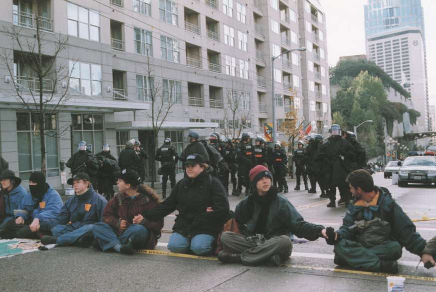 WTO99-demo-street-sitdown1